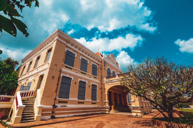 Battambang Museum1