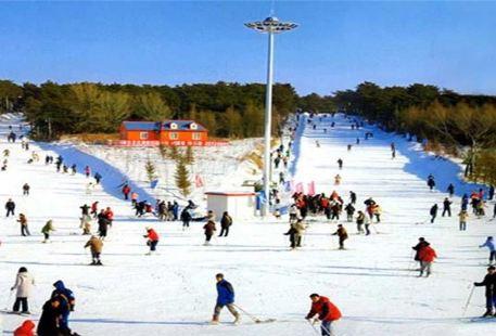 Shenyang Qipan Mountain Ski Resort