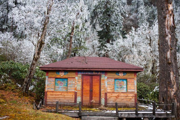 Yanzi Trench Scenic Area3
