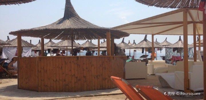 Rifat Peshkatari Restaurant3