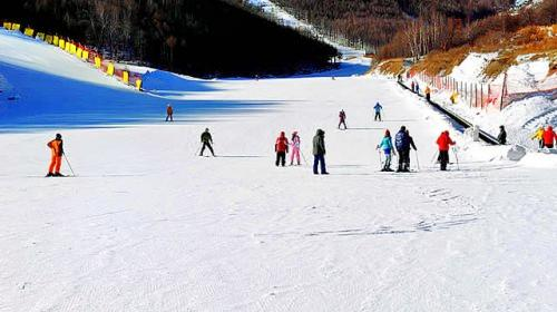 Peach Blossom Canyon Eco Ski Resort