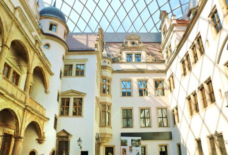 Staatliche Kunstsammlungen Dresden (Dresden Art Galleries)