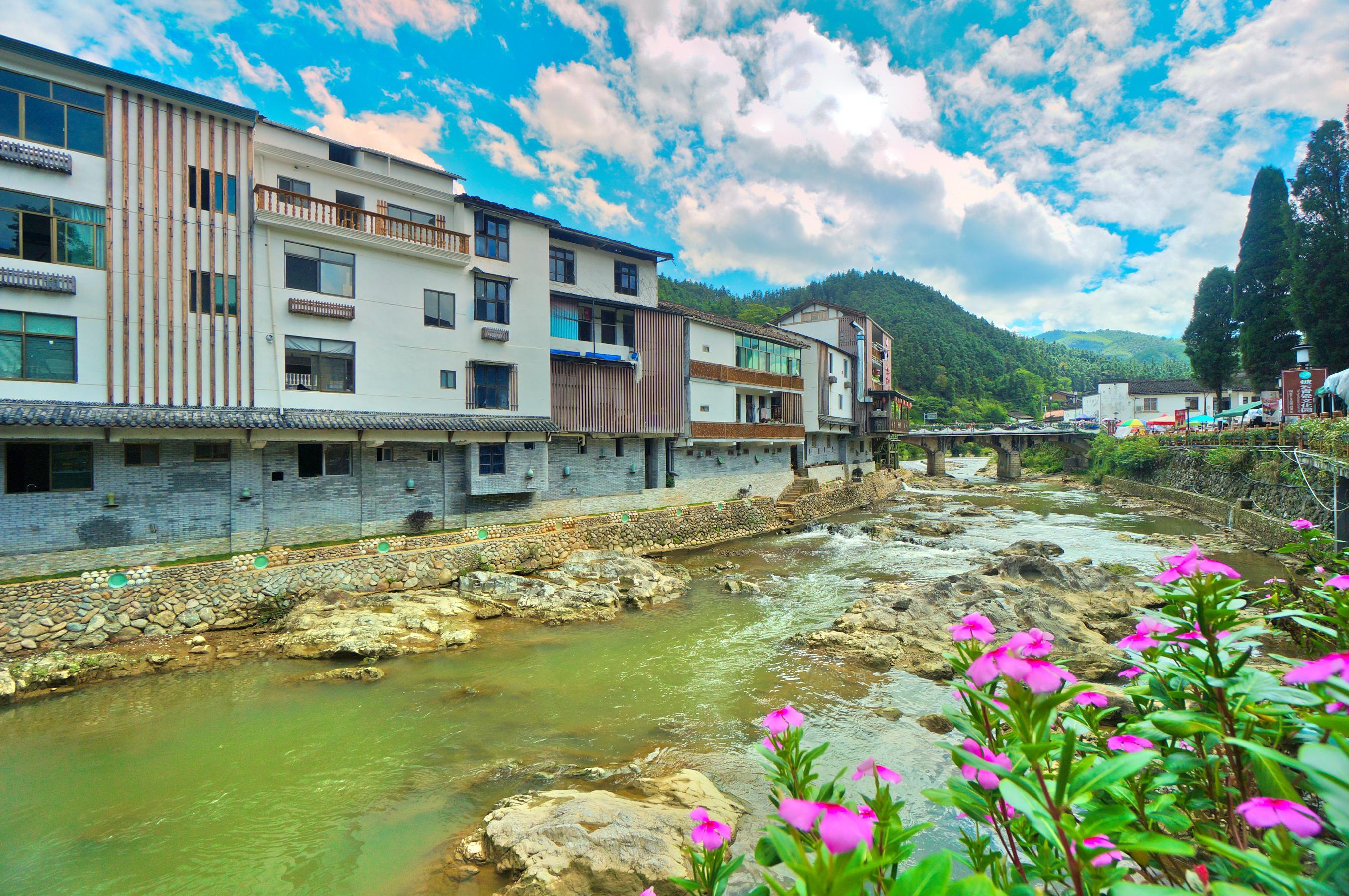 中國青瓷小鎮·披雲青瓷文化園