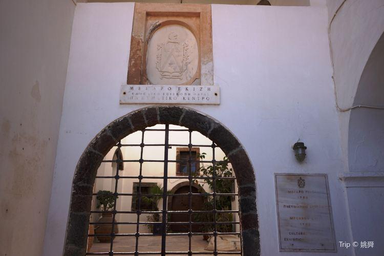 Megaro Gyzi博物館1