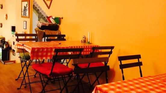 Drum Cafe Langosh & Gulash Bar