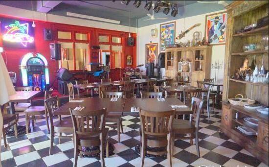 Baka Blues Cafe2
