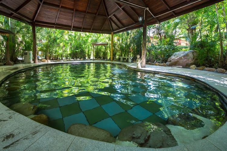 Julong Bay Hot Springs1