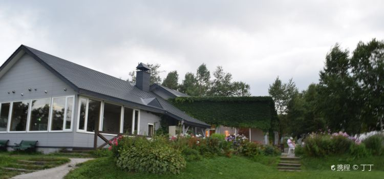 Lake-Hill Farm3