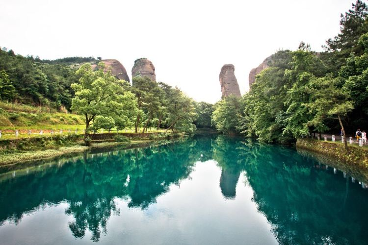 Guifeng Scenic Area1