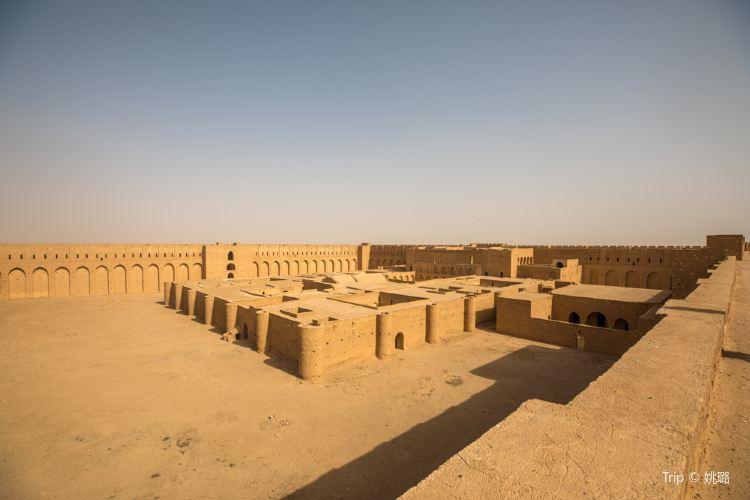 Al-Ukhaidir Fortress1