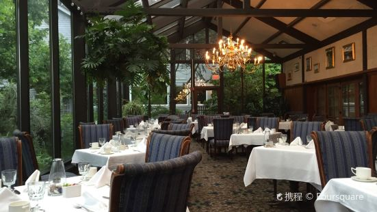 The Dan'l Webster Inn Restaurant