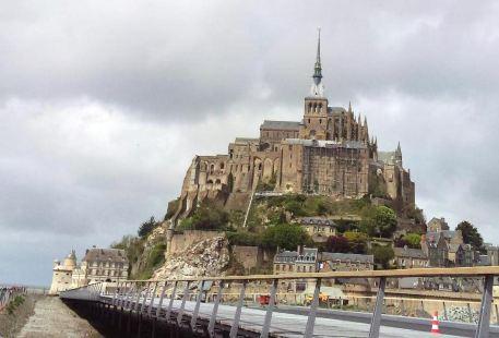 Église Notre Dame de Pontorson