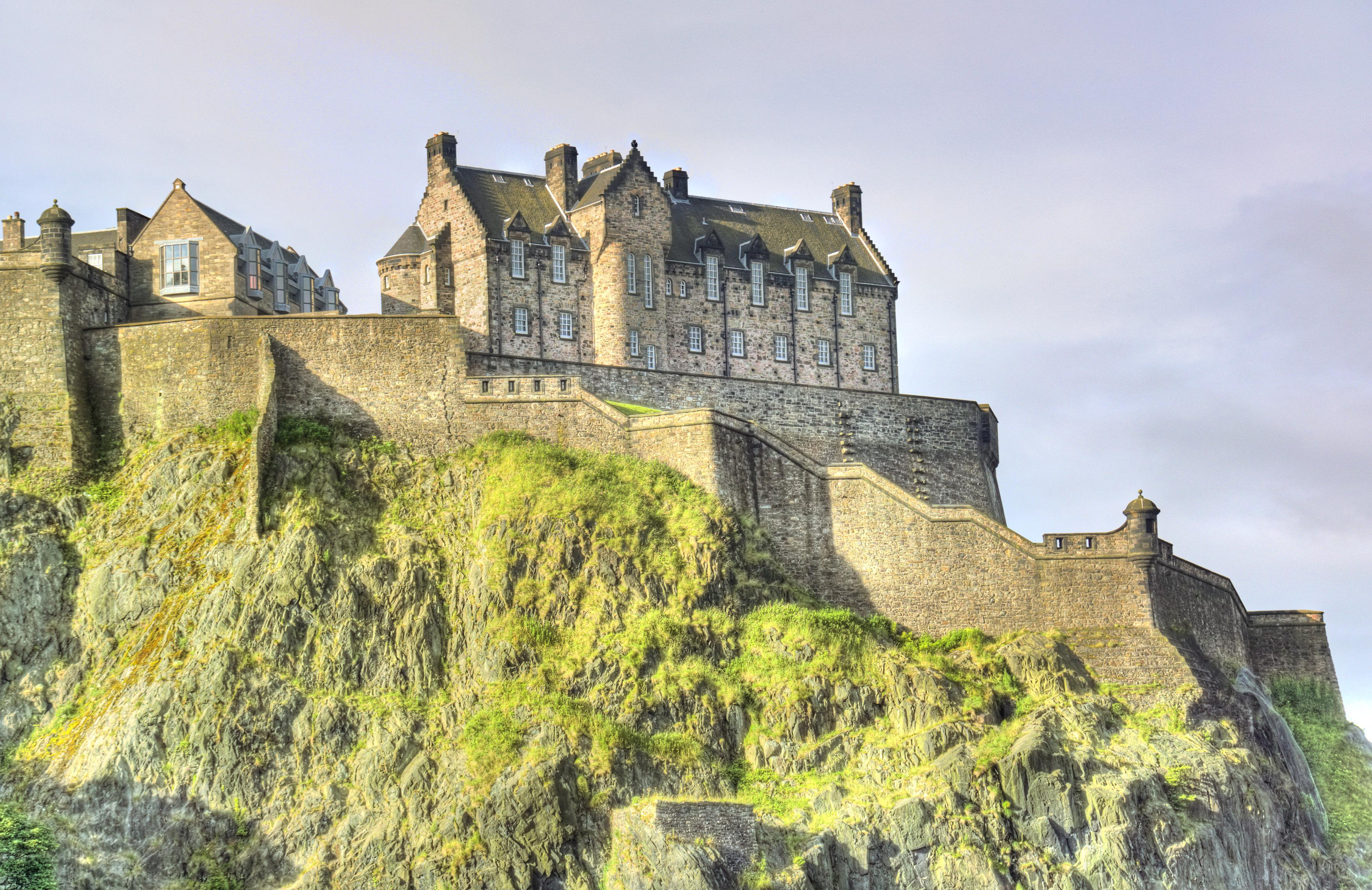 Edinburgh Castle travel guidebook –must visit attractions in Edinburgh – Edinburgh  Castle nearby recommendation – Trip.com