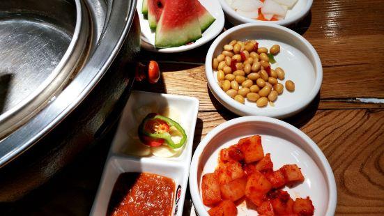 爐道韓式古法炭火烤肉店