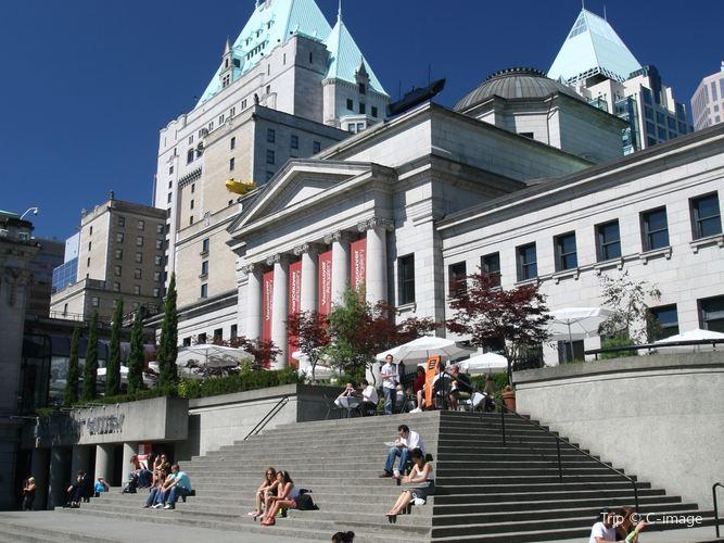 Vancouver Art Gallery1