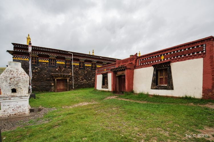 Ga'rila Temple1