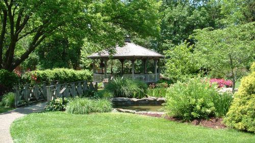 Shelter Gardens