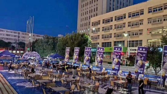 盛悅美食廣場