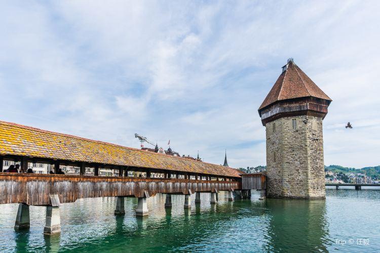 Chapel Bridge and Water Tower1