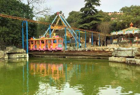 Huyan Park