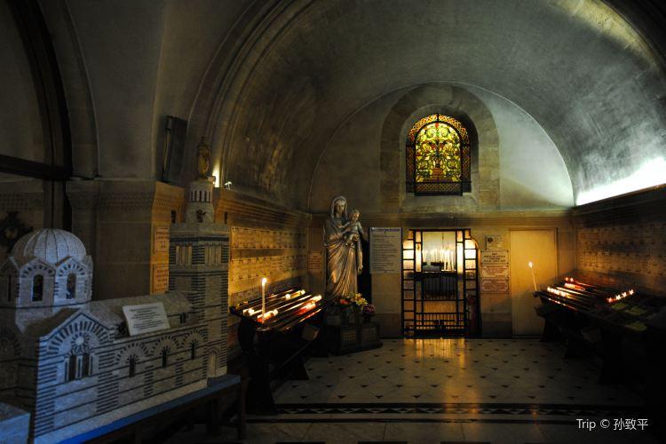 聖母加德大教堂2