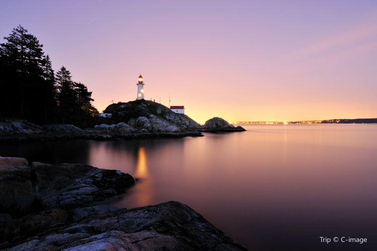 Lighthouse park3