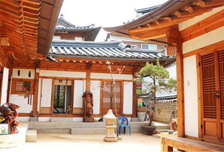Seoul Seo Jin Traditional