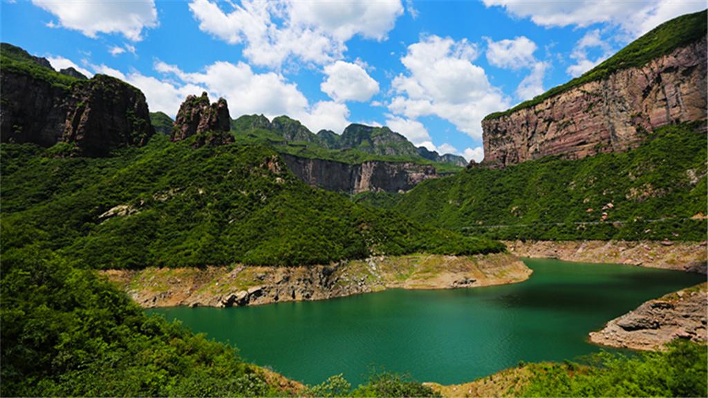 Baoquan Tourist Resort Area