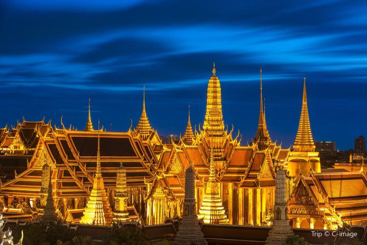 Bangkok City Pillar Shrine1