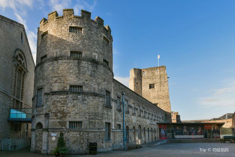 Oxford Castle & Prison1