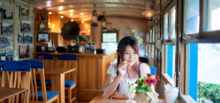 Dalat Train Cafe3