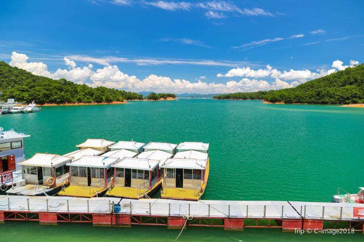 Wanlu Lake2