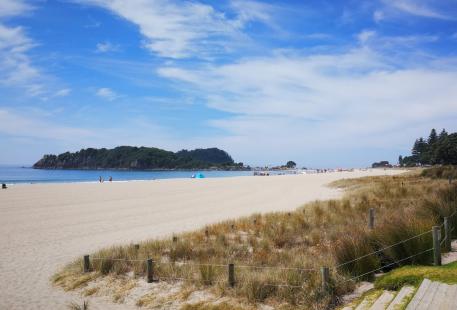 芒格努伊山海灘