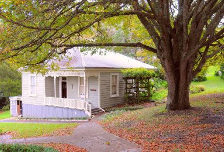 Silverdale Pioneer Village