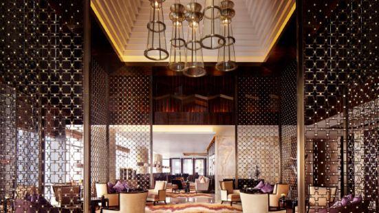 成都富力麗思卡爾頓酒店大堂吧