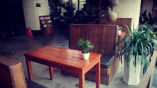 caffe bene咖啡陪你(向陽西路店)