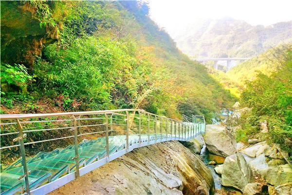 平江碧龍峽景區2