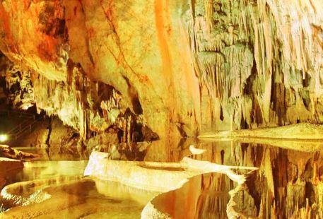 阿格泰列克洞穴