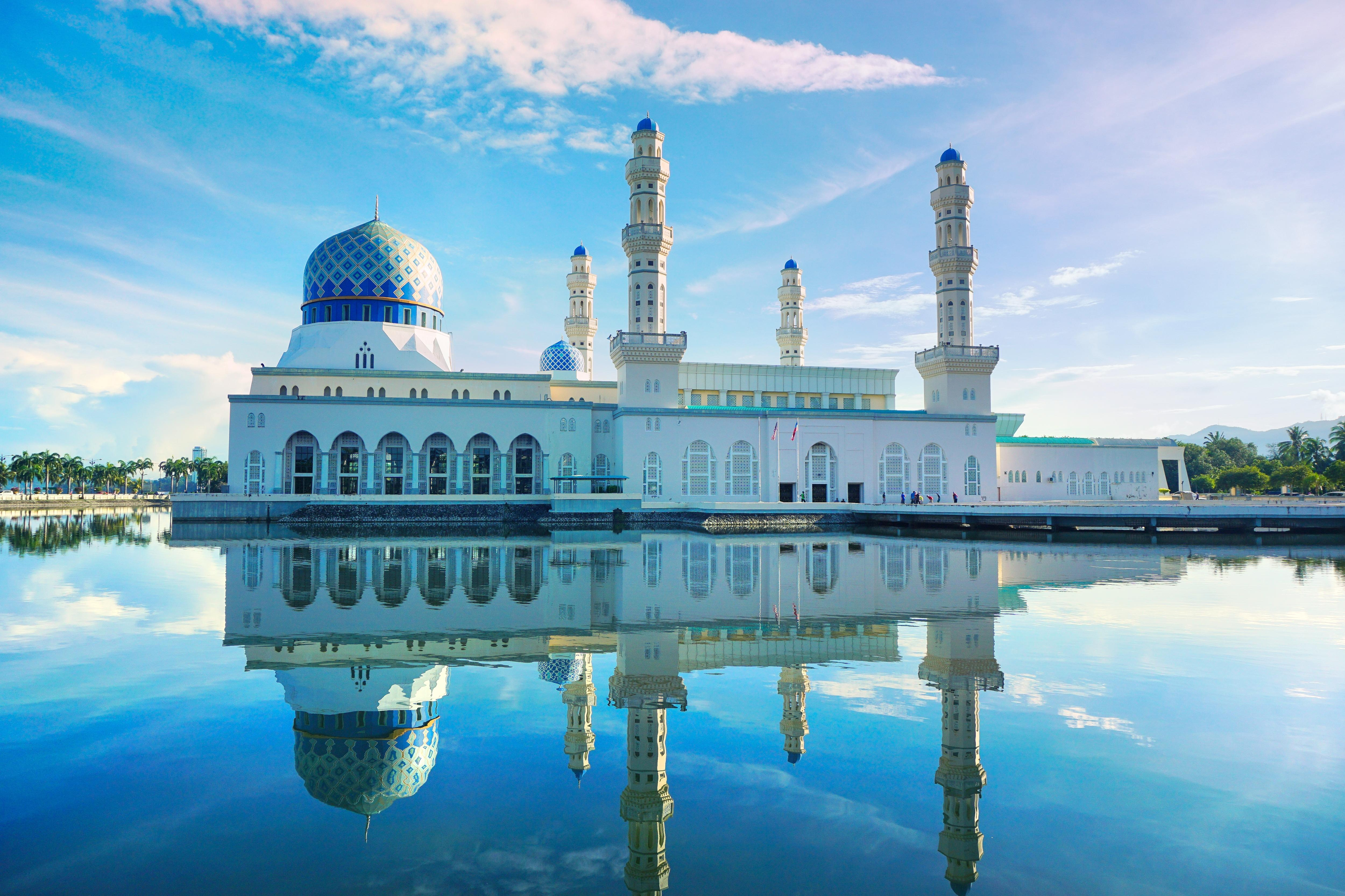 Blue Mosque (Masjid Sultan Salahuddin Abdul Aziz/Biru)