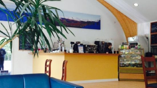 Pinemarten Cafe Bar