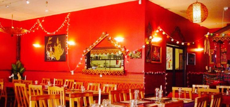 Phuthai Esarn Restaurant1