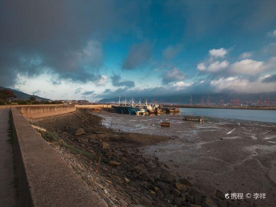 Lian Island