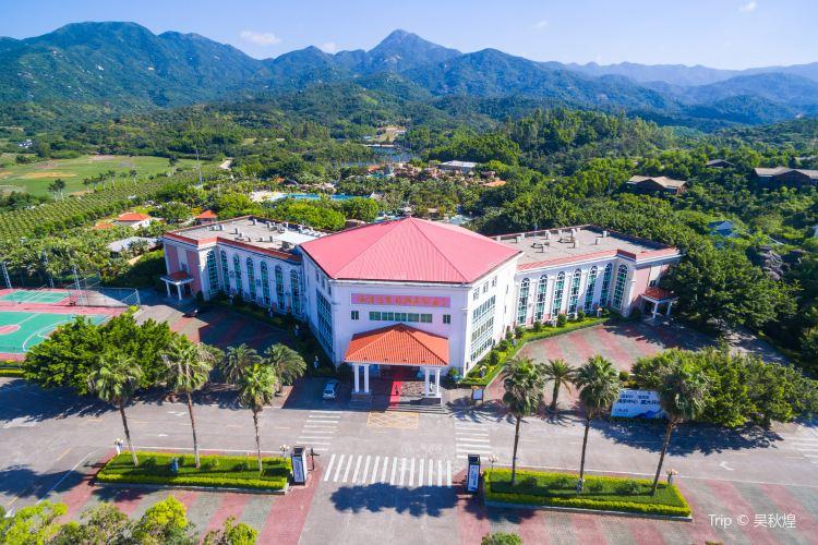 Huizhou Coast Hotspring Resort1