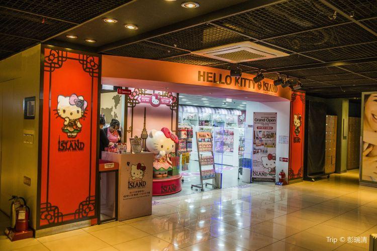 Hello Kitty展示館1