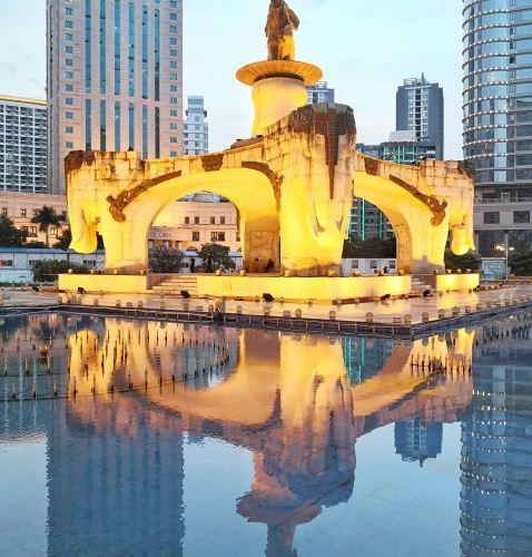 Jinhu Square2