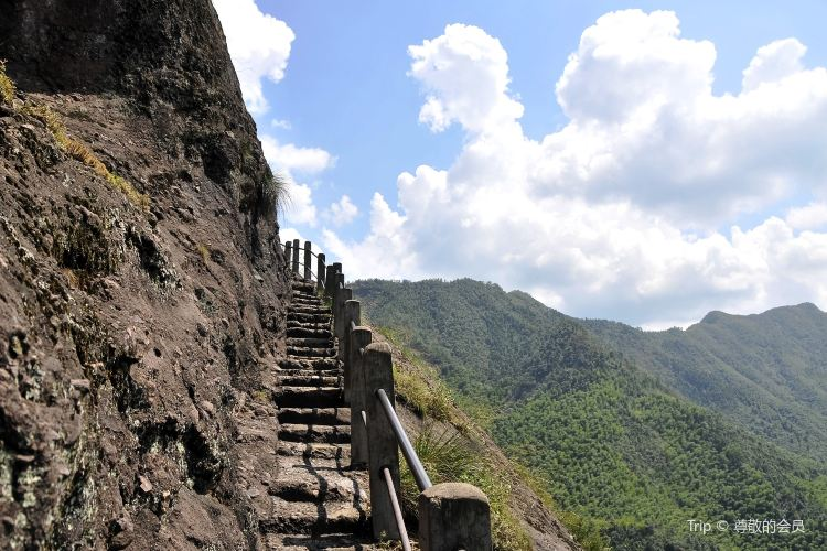 Jianglang Mountain Scenic Area2