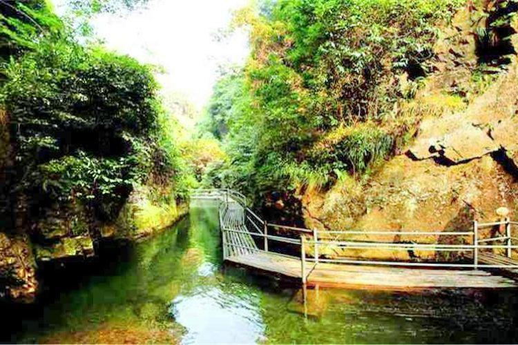 茶馬古道風景區