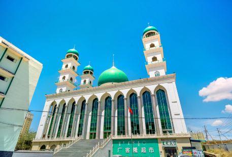 Baotou Qingzhen Da Temple