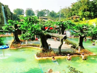 Huitang Huatiancheng Hotspring Holiday Hotel