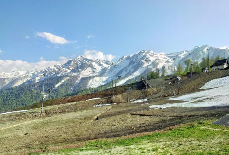 羅莎庫塔滑雪度假村